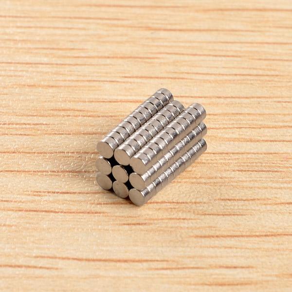 100pcs D2x1mm N40 Neodymium Magnets Rare Earth Magnet Gadget Toys