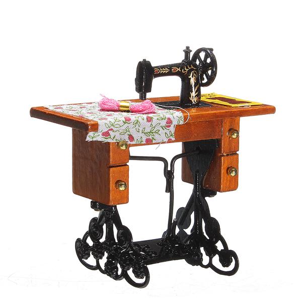 01.12 Weinlese Nähmaschine Spielzeug Little Girl Metall, Holz, Stoff Thema Spiel