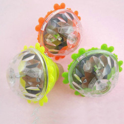 3stk Kinder Luminous Kreisel Flash Screw Rotating Spielzeug