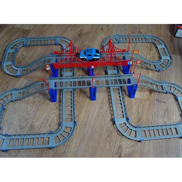 Spår Racer Racing Bil Leksak DIY Barnens Bilbana Leksak Pedagogiska Leksaker