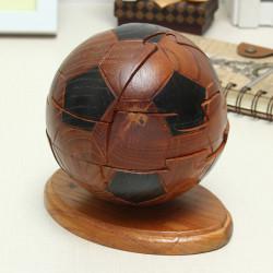 Holzhandwerk Schmuck Sporting Fußball Verschluss Luban Lock Spielzeug