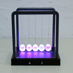 Newtons Cradle Boll Ljus Swing Boll House Office Dekoration
