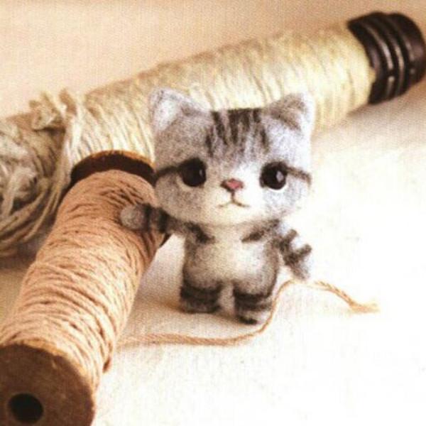Poke Poke Fun DIY Cat DIY Plush Phone Chain Dolls & Stuffed Toys