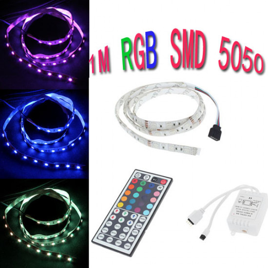 1M 5050 RGB 60 SMD Icke-Vattentät LED Slinga Ljus 12V AC / DC + Controller 2021