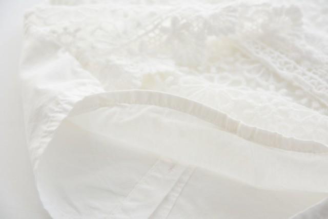 topp vit bröst